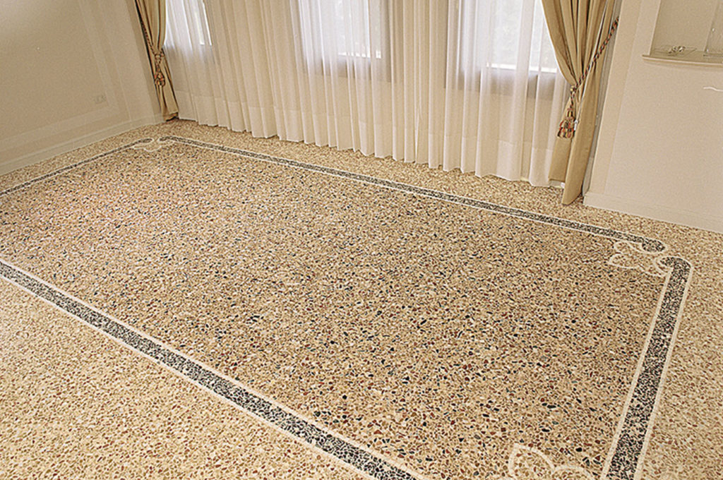 soggiorno con decoro classico - pavimento alla veneziana - Mario Canil - graniglia texture